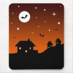Silueta del cielo nocturno de Halloween Tapete De Ratón