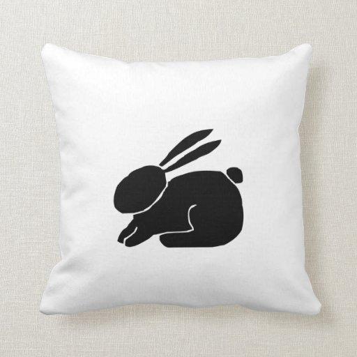 Silueta del conejito almohadas