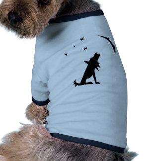Silueta del coyote camisetas de mascota