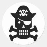 Silueta del cráneo del robot y del pirata de la ba etiquetas