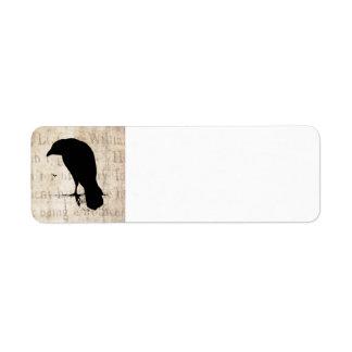 Silueta del cuervo - cuervos y cuervos retros del  etiqueta de remite