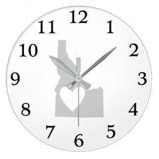 Silueta del estado de Idaho del corazón Reloj De Pared