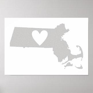 Silueta del estado de Massachusetts del corazón Posters