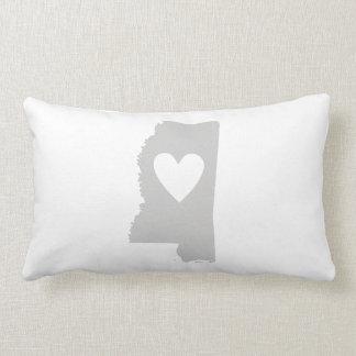 Silueta del estado de Mississippi del corazón Almohadas