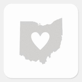 Silueta del estado de Ohio del corazón Pegatina Cuadrada