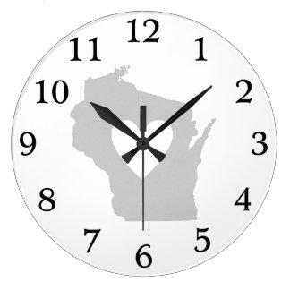 Silueta del estado de Wisconsin del corazón Reloj Redondo Grande