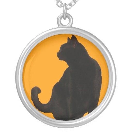Silueta del gato negro colgante redondo