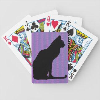 Silueta del gato negro en rayas púrpuras cartas de juego