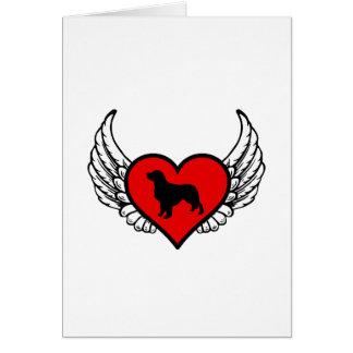 Silueta del golden retriever del ángel en corazón tarjeta de felicitación