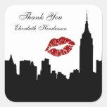 Silueta del horizonte de NYC, beso del edificio #1 Pegatina Cuadrada