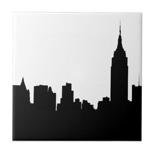Silueta del horizonte de NYC, edificio #1 del esta Azulejo