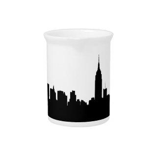 Silueta del horizonte de NYC, edificio #1 del Jarras De Beber
