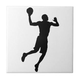 Silueta del jugador de básquet del arte pop azulejo cuadrado pequeño