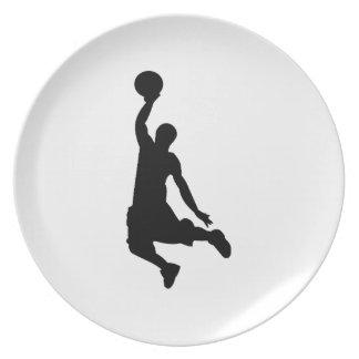 Silueta del jugador de básquet plato para fiesta