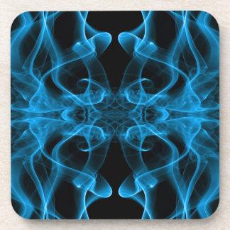 Silueta del negro azul del extracto del humo color posavasos de bebida