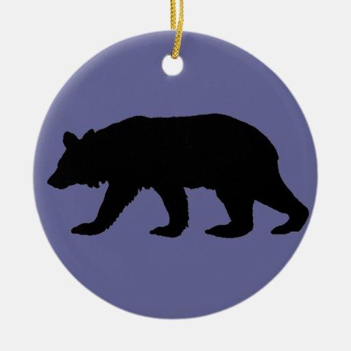 Silueta del oso negro adorno navideño redondo de cerámica