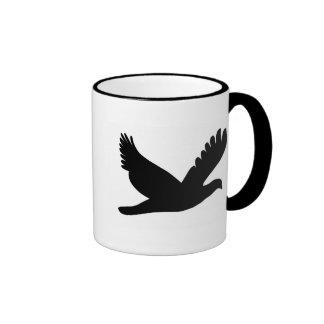 Silueta del pájaro taza de dos colores