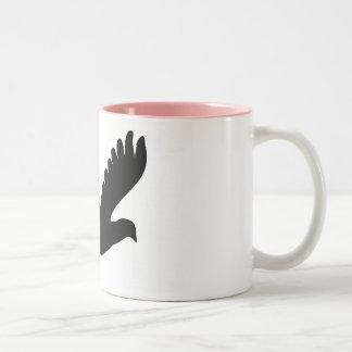Silueta del pájaro taza de dos tonos
