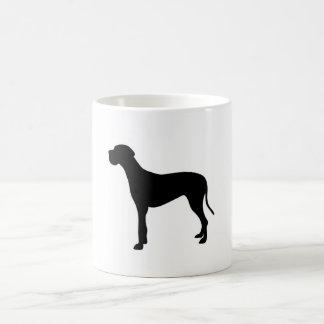 Silueta del perro de great dane taza