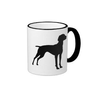 Silueta del perro de Vizsla negro Taza