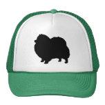 Silueta del perro negro de Pomeranian Gorra
