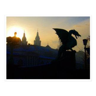 silueta del puente del dragón tarjeta postal