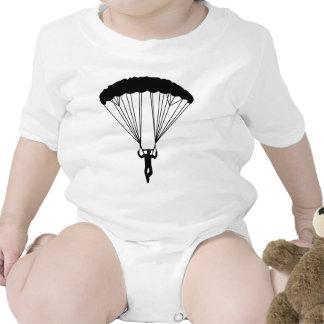 silueta del skydiver trajes de bebé