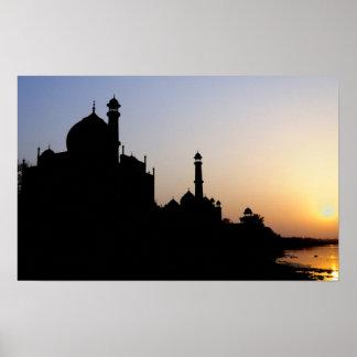 Silueta del Taj Mahal en la puesta del sol Agra Impresiones