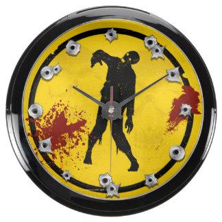 Silueta del zombi en sangre amarilla de la placa reloj aquavista