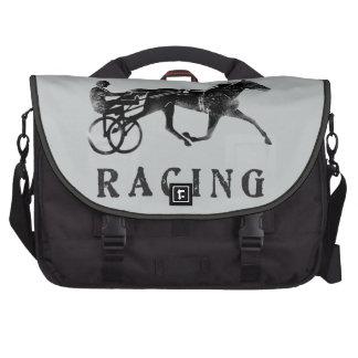 Silueta gris negra del caballo de arnés bolsas de ordenador