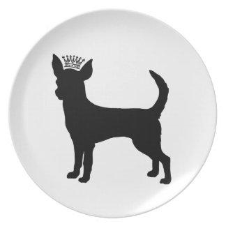 Silueta negra básica de la corona de la chihuahua plato de cena