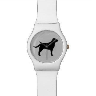 Silueta negra del labrador retriever relojes de pulsera