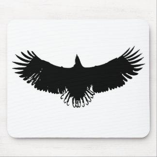 Silueta negra y blanca de Eagle Alfombrilla De Ratones