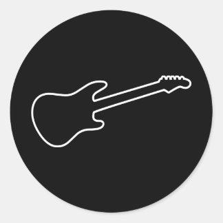 Silueta negra y blanca de la guitarra eléctrica pegatina redonda