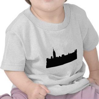 Silueta negra y blanca de Nueva York Camisetas