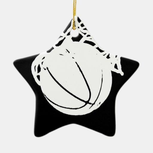 Silueta negra y blanca del baloncesto adorno navideño de cerámica en forma de estrella