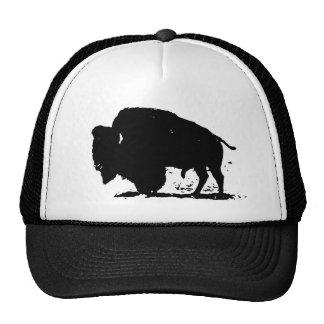 Silueta negra y blanca del búfalo gorra