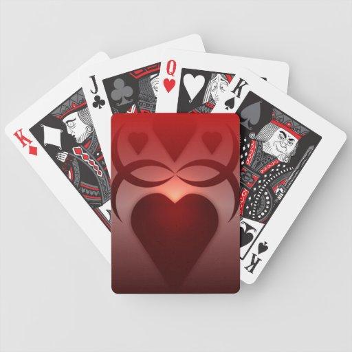 Silueta roja de los corazones barajas de cartas