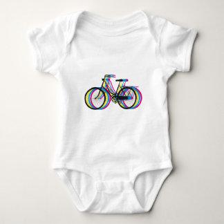 Silueta vieja colorida de la bicicleta, diseño de playeras