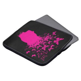 Silueta y mariposas principales rosadas manga portátil