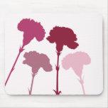 Siluetas abstractas del clavel - rojos y rosas alfombrilla de raton