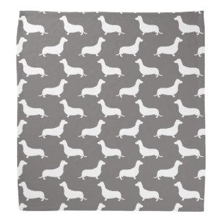 Siluetas blancas del Dachshund en gris de la Bandanas