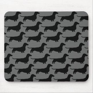 Siluetas del perro del Dachshund Tapetes De Ratones