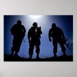 Siluetas militares del soldado del ejército impresiones