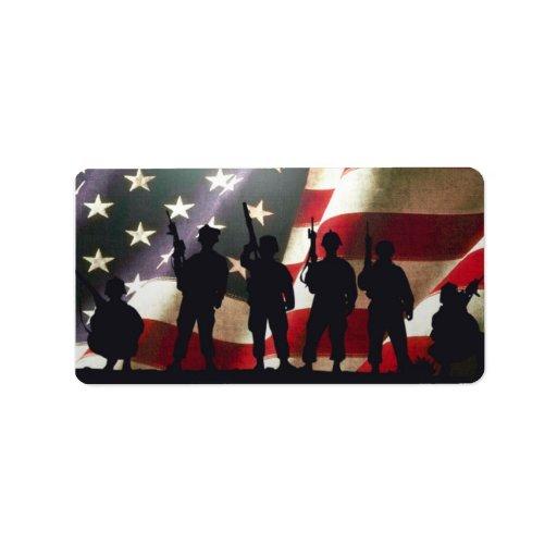 Siluetas militares patrióticas del soldado etiqueta de dirección