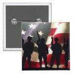 Siluetas militares patrióticas del soldado pin