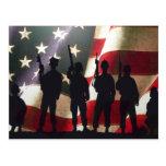 Siluetas militares patrióticas del soldado tarjetas postales