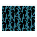 Siluetas tropicales de los Seahorses - azul negro Postales