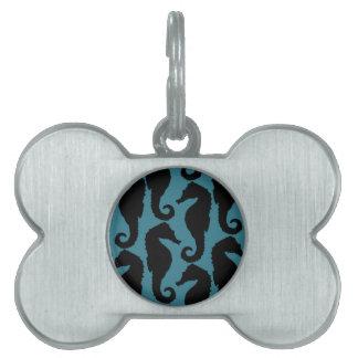 Siluetas tropicales del Seahorse - azul negro Placas De Mascota