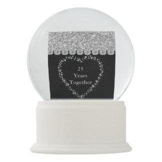 Silver 25th Anniversary Gift heart Shape Confetti Snow Globes